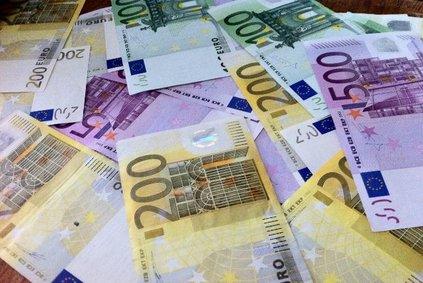 SCHNELL & UNKOMPLIZIERT - Machen Sie Ihre Steuererklärung online